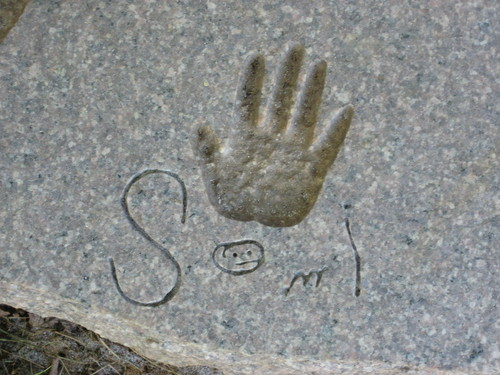 Monument: Hand with signature